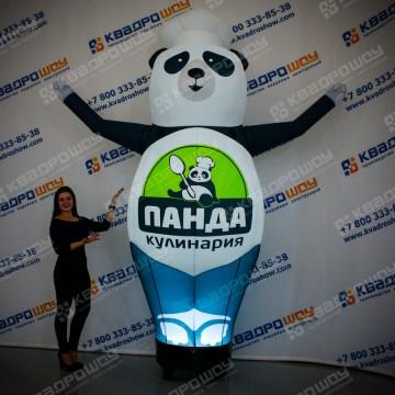Надувная Панда в колпаке
