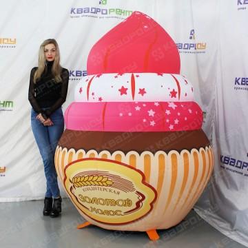 надувная рекламная фигура пирожное маффин
