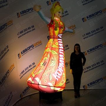 надувная рекламная кукла русская девушка в платье хохлома