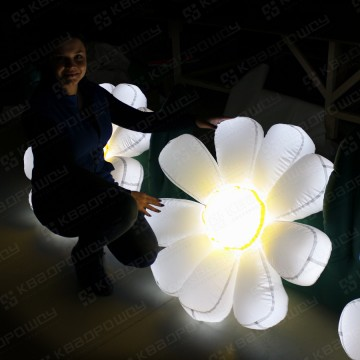 Надувной огромный цветок ромашка с подсветкой