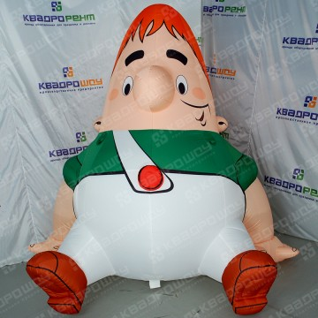 Надувной персонаж мультфильма Карлсон