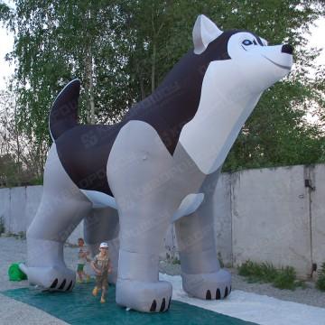 Рекламная фигура собаки