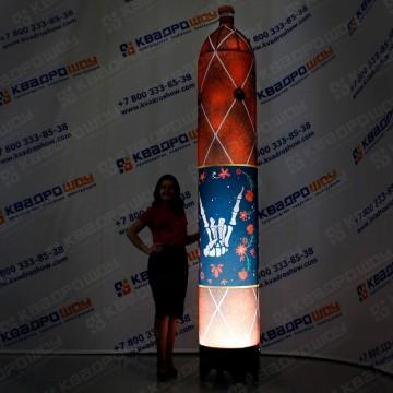 огромный муляж колбаса для рекламы