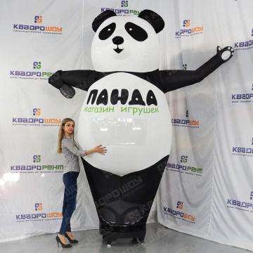 Огромная надувная панда-рукомах