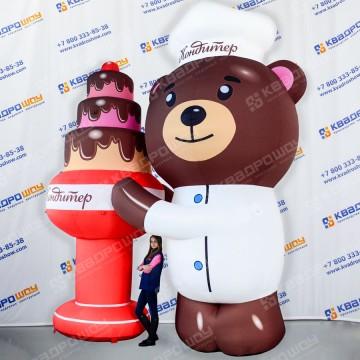 Надувной Медведь для рекламы кондитерской