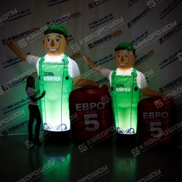 рекламные пневмофигуры с машущей рукой и подсветкой