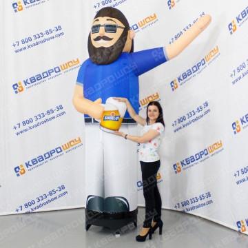Фигура надувная Человек с пивом