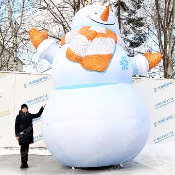 большая уличная воздушная фигура снеговик