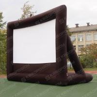 Надувной проекционный экран с опорами